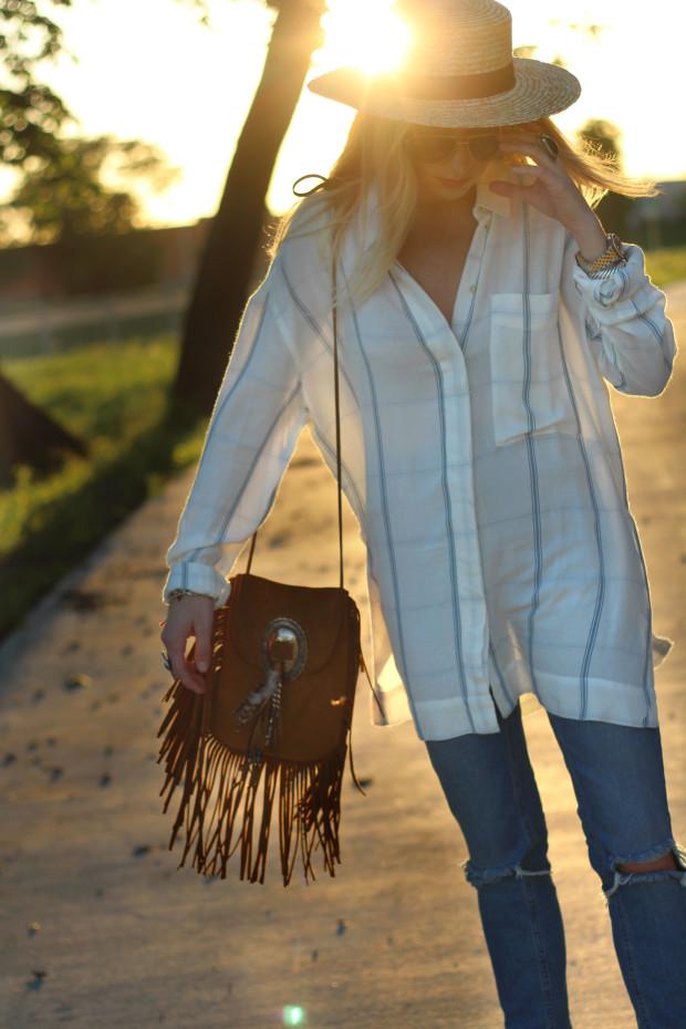 lack of colors hat ysl bag mom jeans