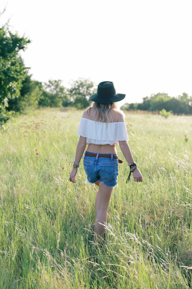 vintage levi cutoffs and off the shoulder crop
