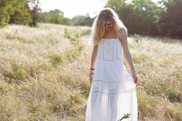urban outfitters kimchi blue white wash maxi