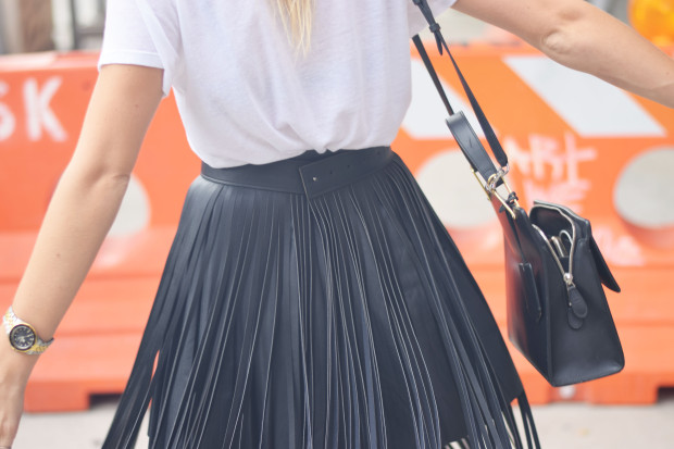 fringe leather skirt2