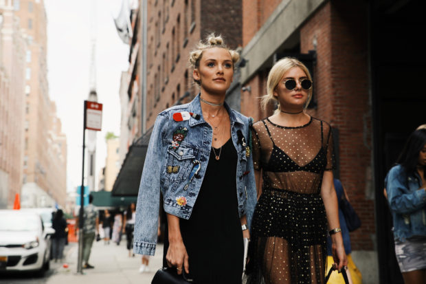 Chic showgoers posing outside of the Chromat runway show during New York Fashion Week - Sept 9, 2016 - Photo: Runway Manhattan/Zach Chase ***For Editorial Use Only*** Processed with VSCO with g3 preset