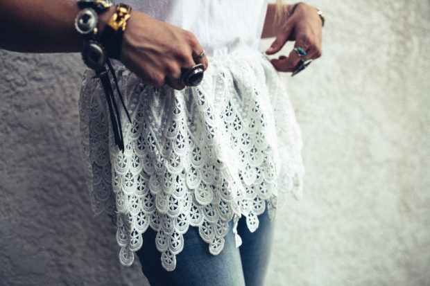 endless-rose-lace-tee