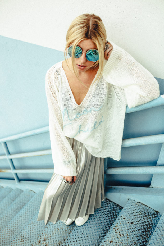 metallic-pleated-midi-skirt
