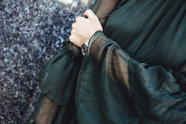 ruffle-sleeves