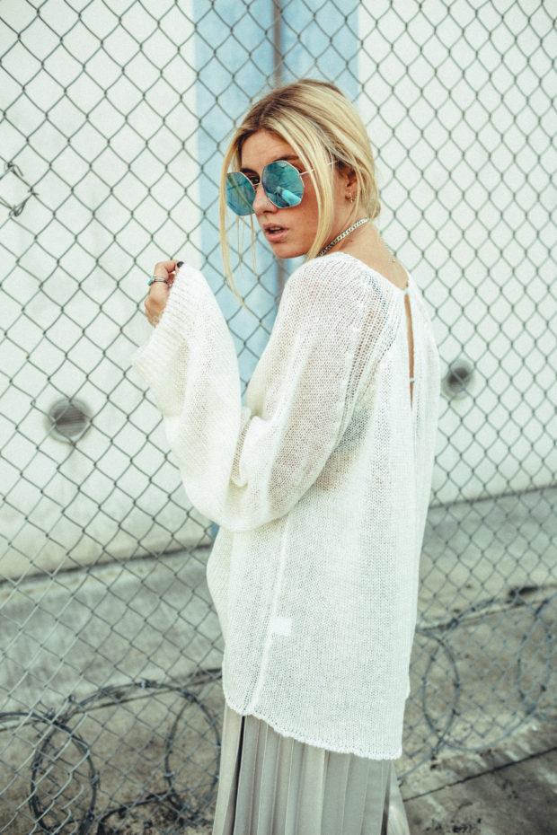 sweater-and-midi-skirt